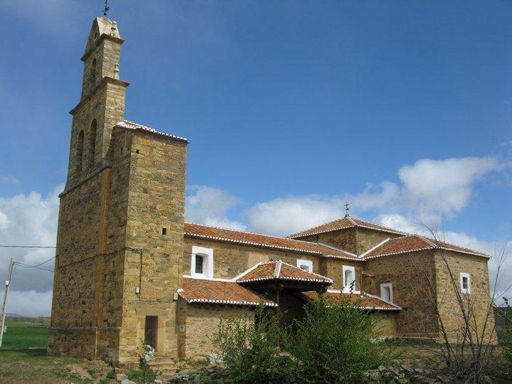 La ermita de Luyego acoge los actos centrales de la Romería de los Remedios