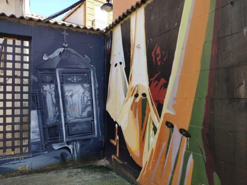 Detalle del mural dedicado a la Semana Santa de Astorga