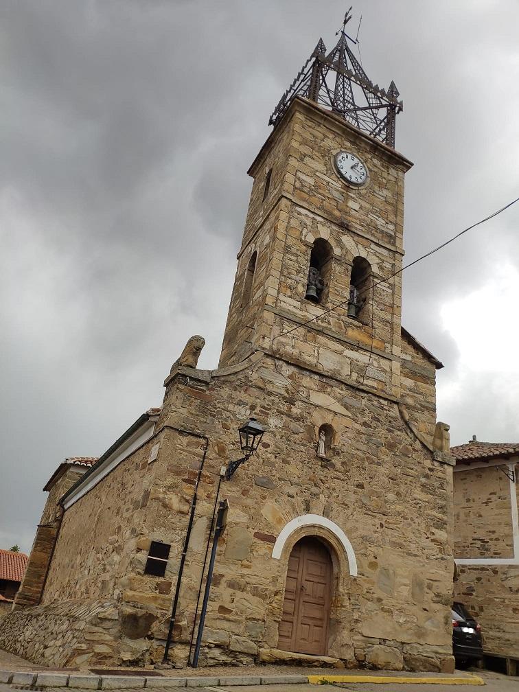 Ermita de San Antonio de Padua, en Val de San Lorenzo (León)
