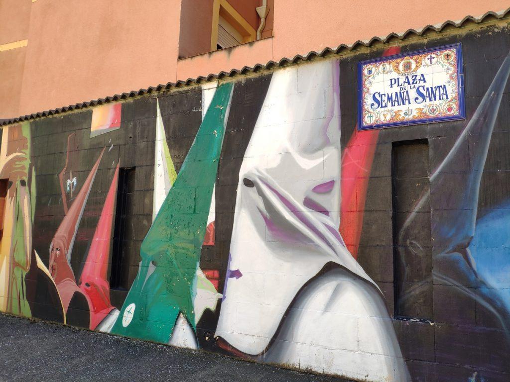 Mural grafiti en la Plaza de la Semana Santa de Astorga